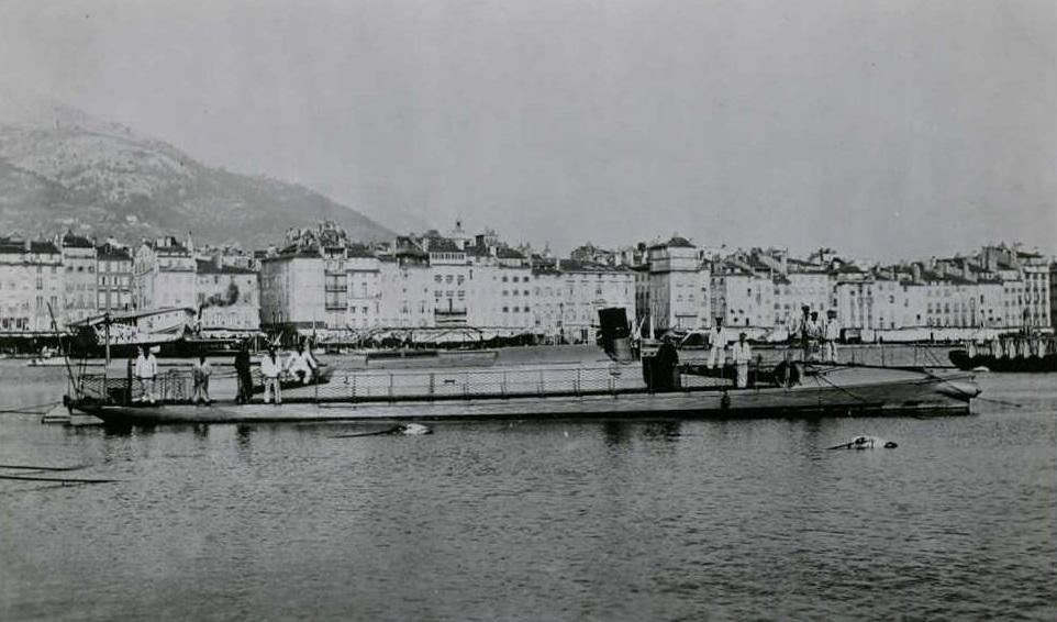 + TORPILLEUR 033 (1880/1906) + Torpil30