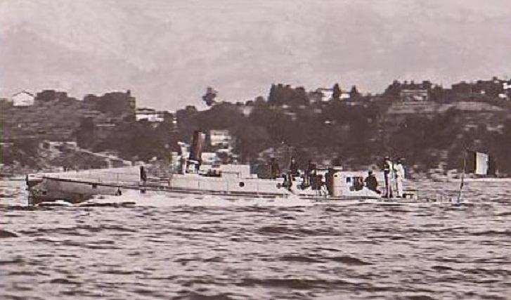 + TORPILLEUR 052 (1881/1903) + Torpil36
