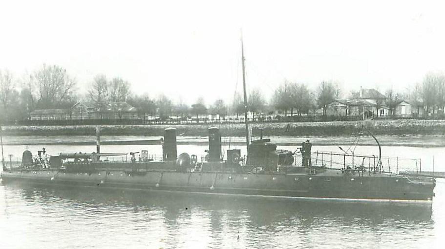 + TORPILLEUR 230 (1899/1913) + Torpil95