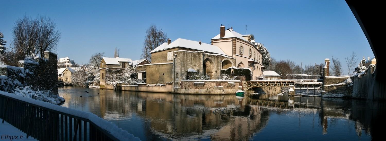 Chartres et Compiègne en Décembre 20100126