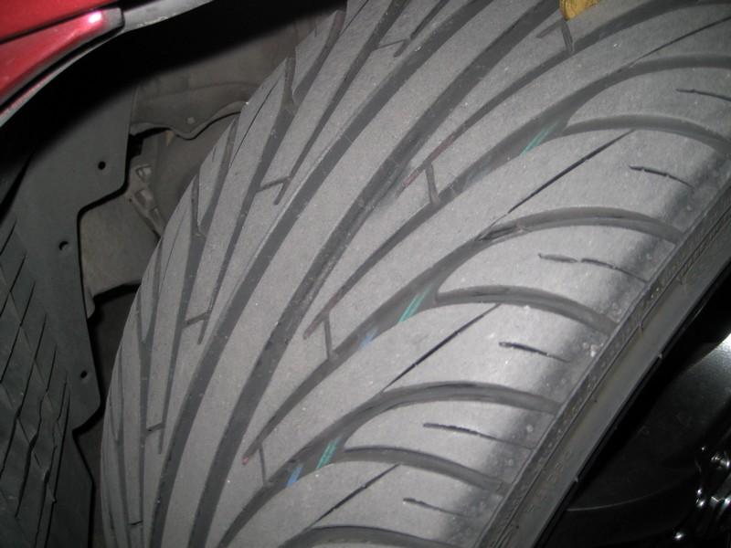 """LLantas 18"""" Kosei Racer 1410"""