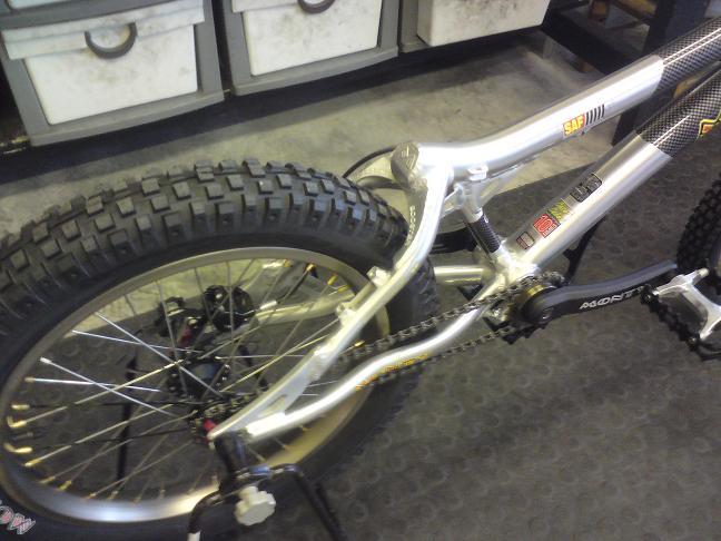 Brand new Monty complete bike for sale :) Pr210
