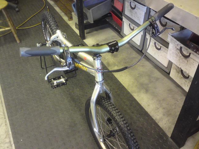 Brand new Monty complete bike for sale :) Pr310