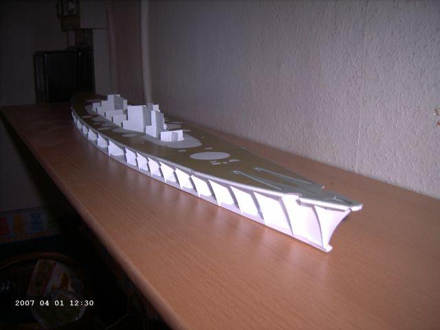 Baubericht Bismarck WHV 1/250 - Bericht von 2007 04_obe10