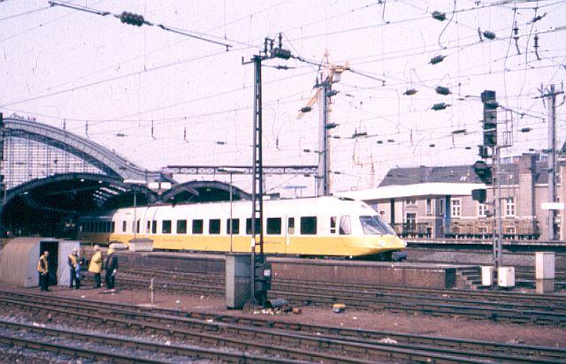 Baureihe 403 - Der verkannte IC-Triebwagen 403_0010