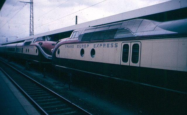 Baureihe VT11.5 = 601 DER TEE 601_0111