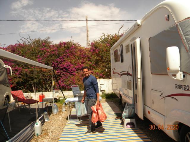 le confinement dans les campings au Maroc avril 2020 - Page 2 Sac810