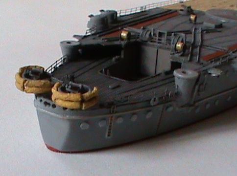 Yamato 1/700 Tamiya - Page 2 Dsc00010