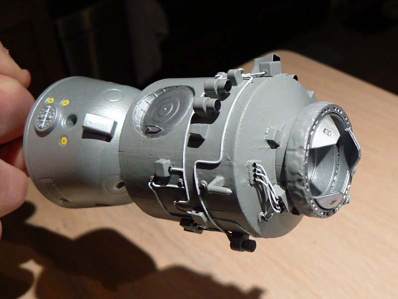 (Maquettes) Tiangong 1 - Shenzhou 9 P1220710