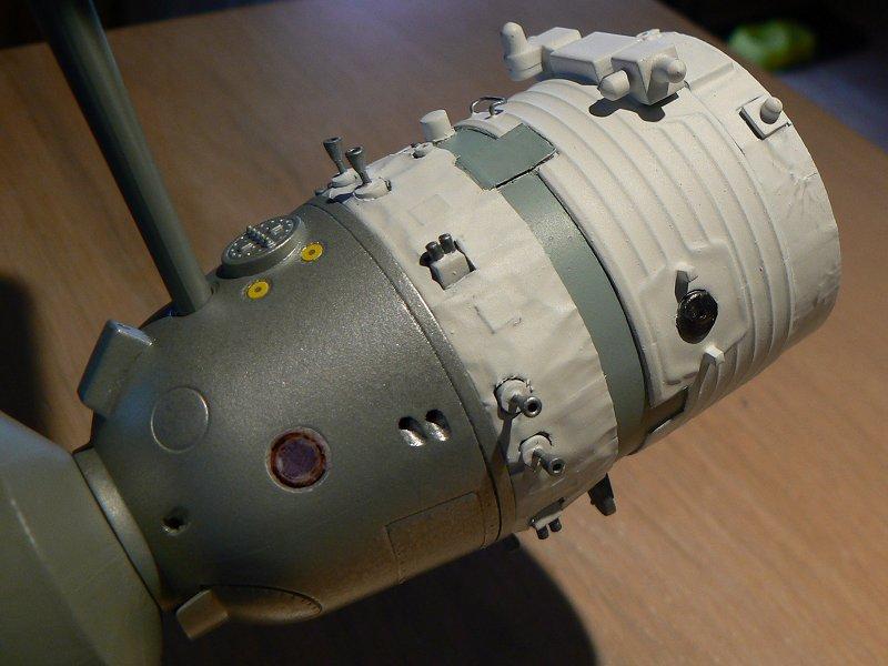 (Maquettes) Tiangong 1 - Shenzhou 9 P1220814