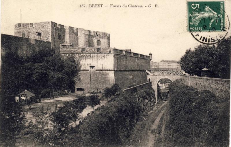 [Ports] LE VIEUX BREST - Page 6 Scan1069