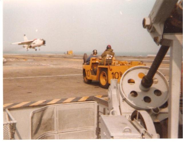 VOUGHT F-8 CRUSADER  - Page 3 Appont11