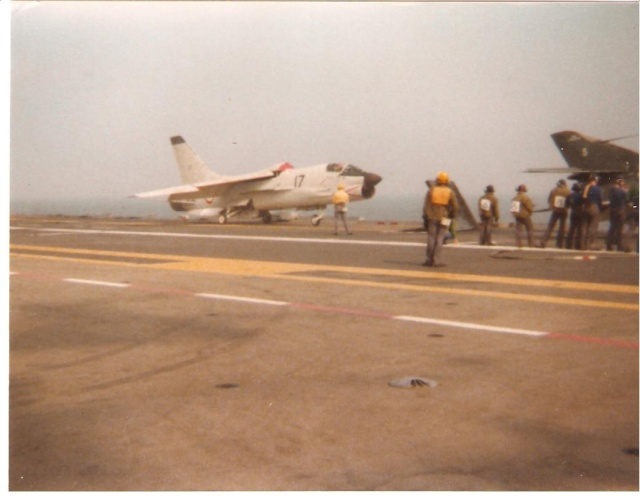 VOUGHT F-8 CRUSADER  - Page 3 Cata10
