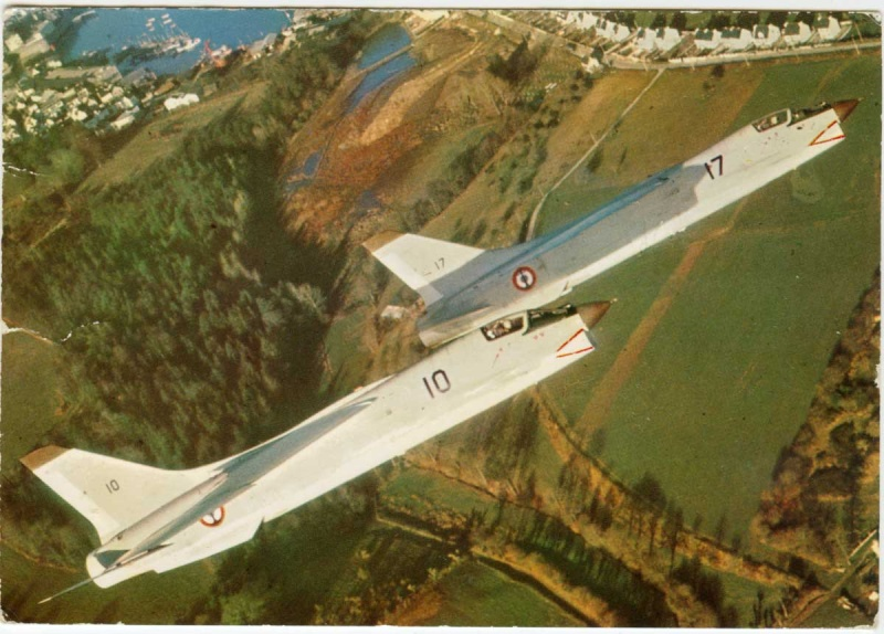 VOUGHT F-8 CRUSADER  - Page 3 Cognac10