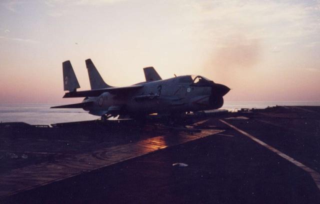 VOUGHT F-8 CRUSADER  - Page 3 Cruz_c10