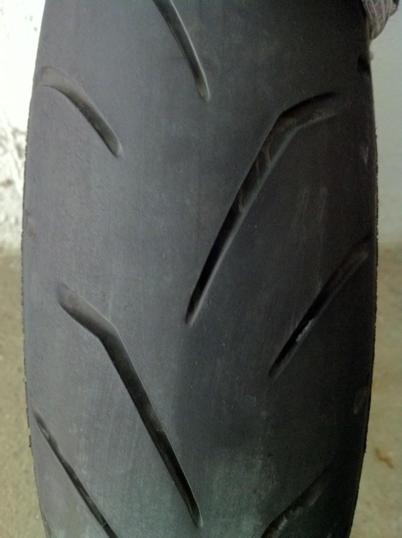 VDS pneu AV Bridgestone S20  120/70/17 Img_3011