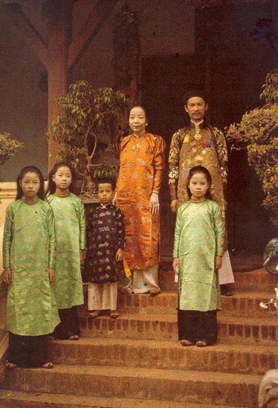 Lịch sử áo dài 80749417