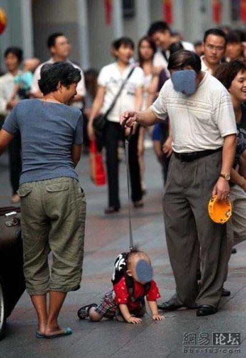 Cách chăm con của các bố Ba810