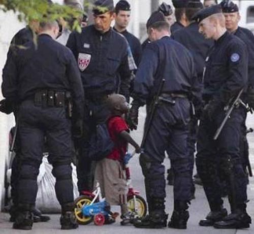 Chiện... cảnh sát Cop210