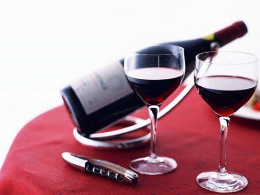 Giải mã giấc mơ thấy rượu Wine110