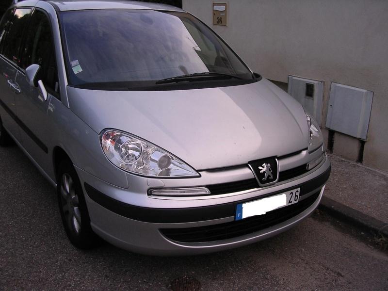 ( vendu ) vds 807 HDI SV boite auto de juin 2005 avec 148 000 kms 807_av11