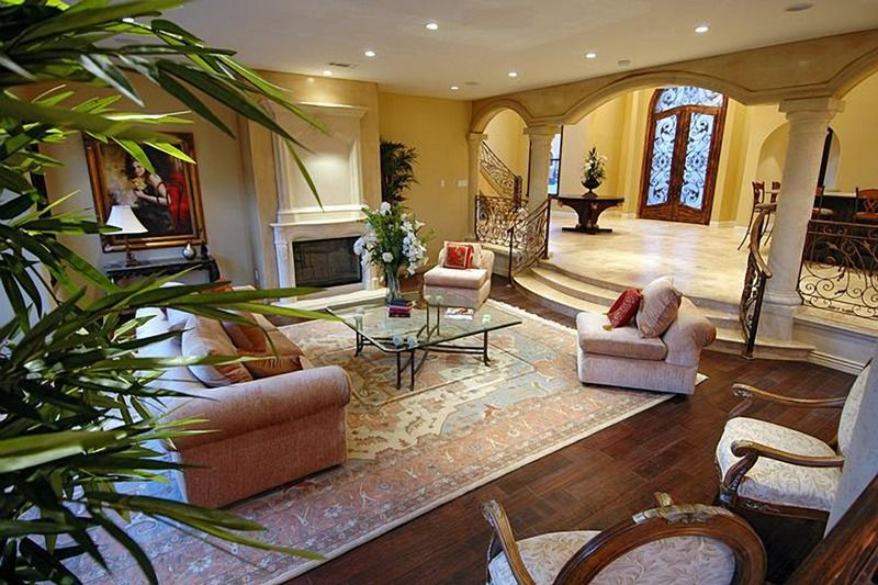 Voici la superbe propriété dans laquelle Johnny Hallyday se repose à Los Angeles. Album_14