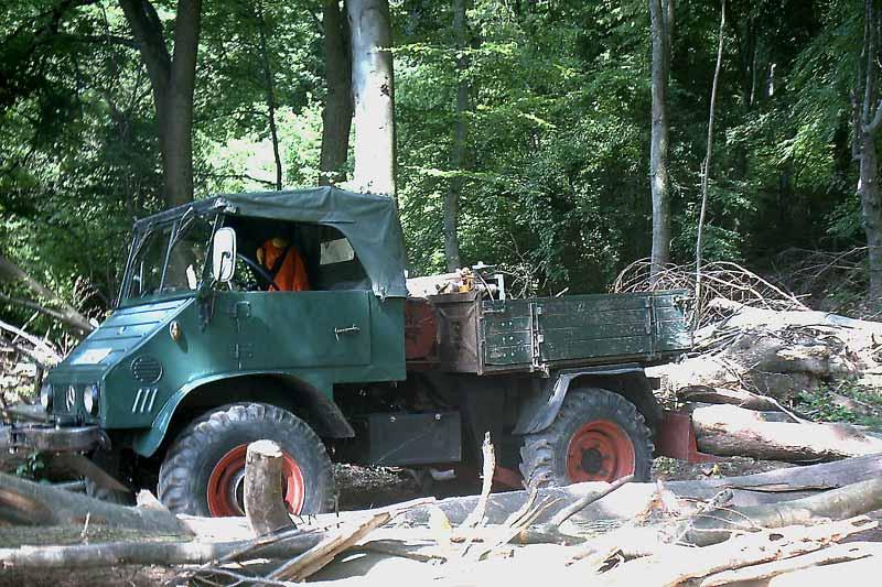 unimog mb-trac wf-trac pour utilisation forestière dans le monde Unimog10