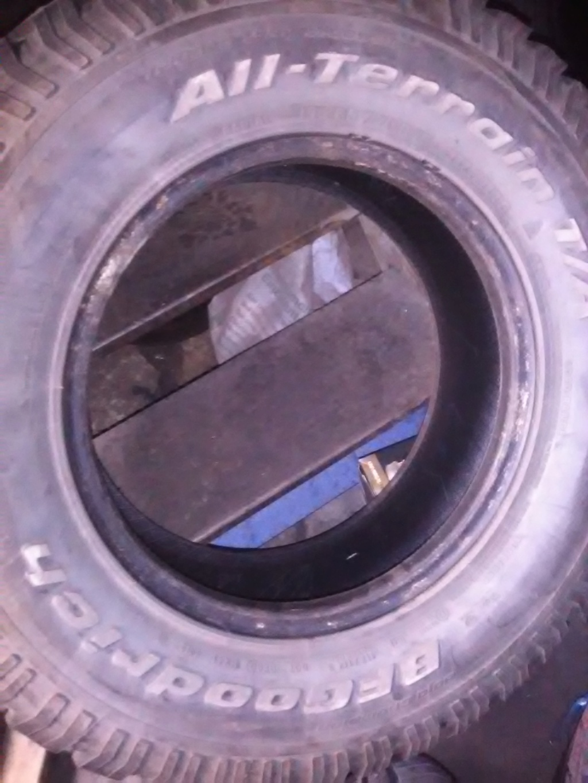 Donne pneus  Img_2076