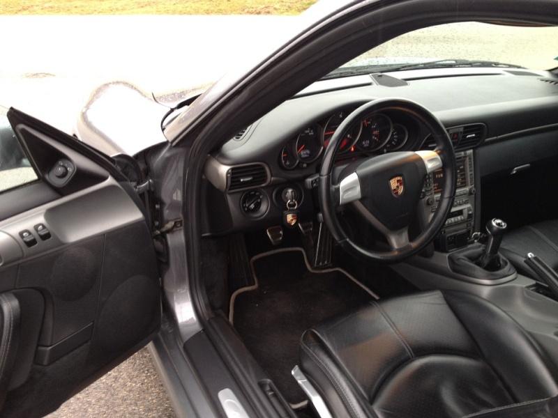 Porsche 997 carrera 325 cv du 21 06 2005, 63500kms gris kerguelen  Img_1115
