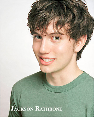 Jackson Rathbone - Page 3 Lky3is10