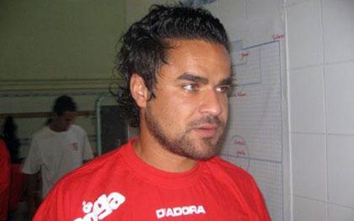 Mort tragique de l'ancien joueur Lassaad Ouertani  20130110