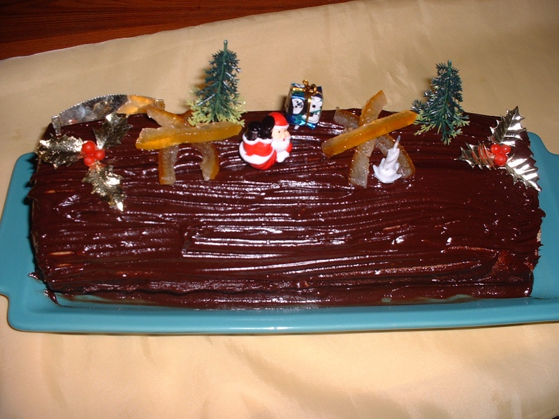 "Voici une bûche de Noël traditionnelle "" un choc orange "" Dscf0219"
