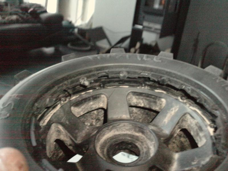 problème de montage pneu hostile P0401117