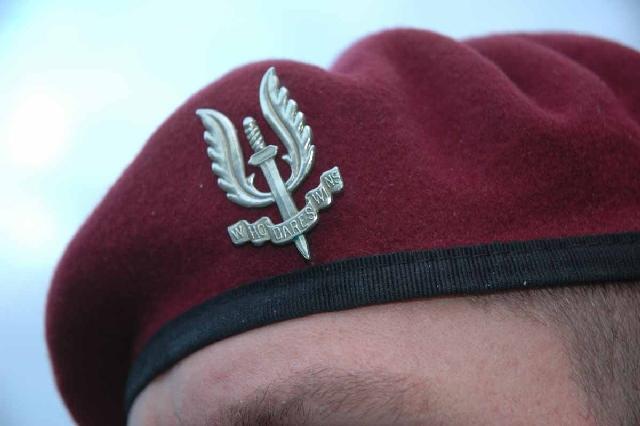 Les Paras-Commandos Belges 01810