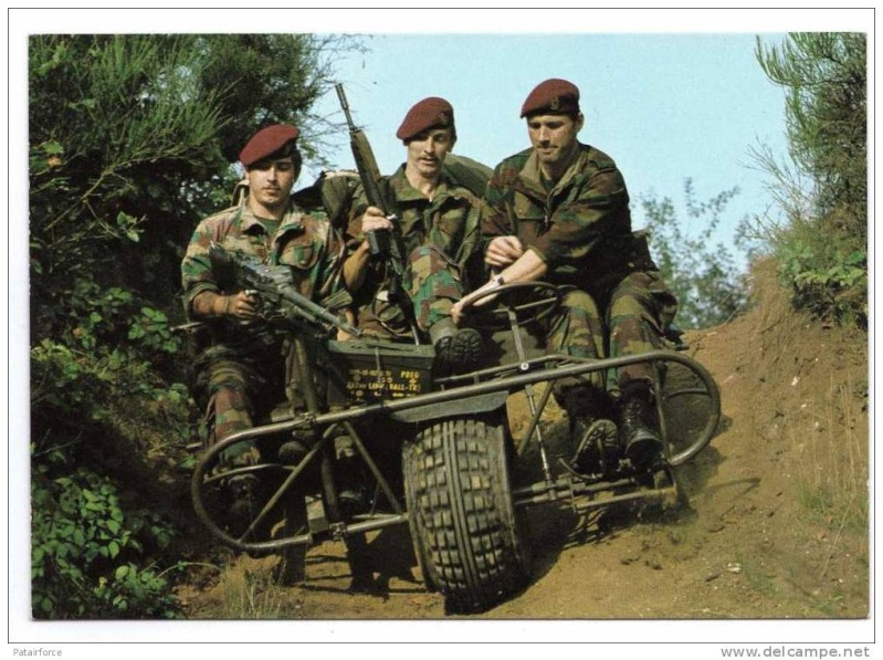 AS 24 tricycle Belge Para-commando . 470_0010