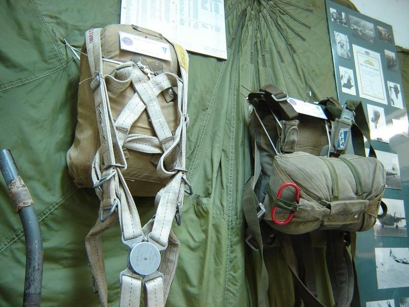 Les Paras-Commandos Belges Ancien10