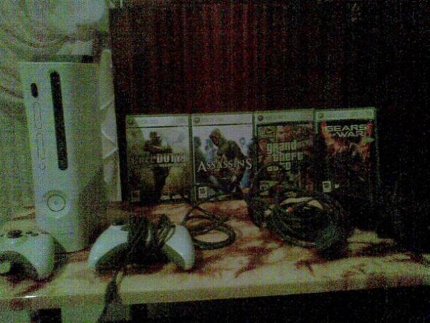 Xbox 360 [Excelente Estado] + 2 mandos + 4 Juegos Xbox3610
