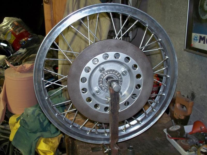 Nouvelle restauration d'une 350 Motoconfort 100_5411