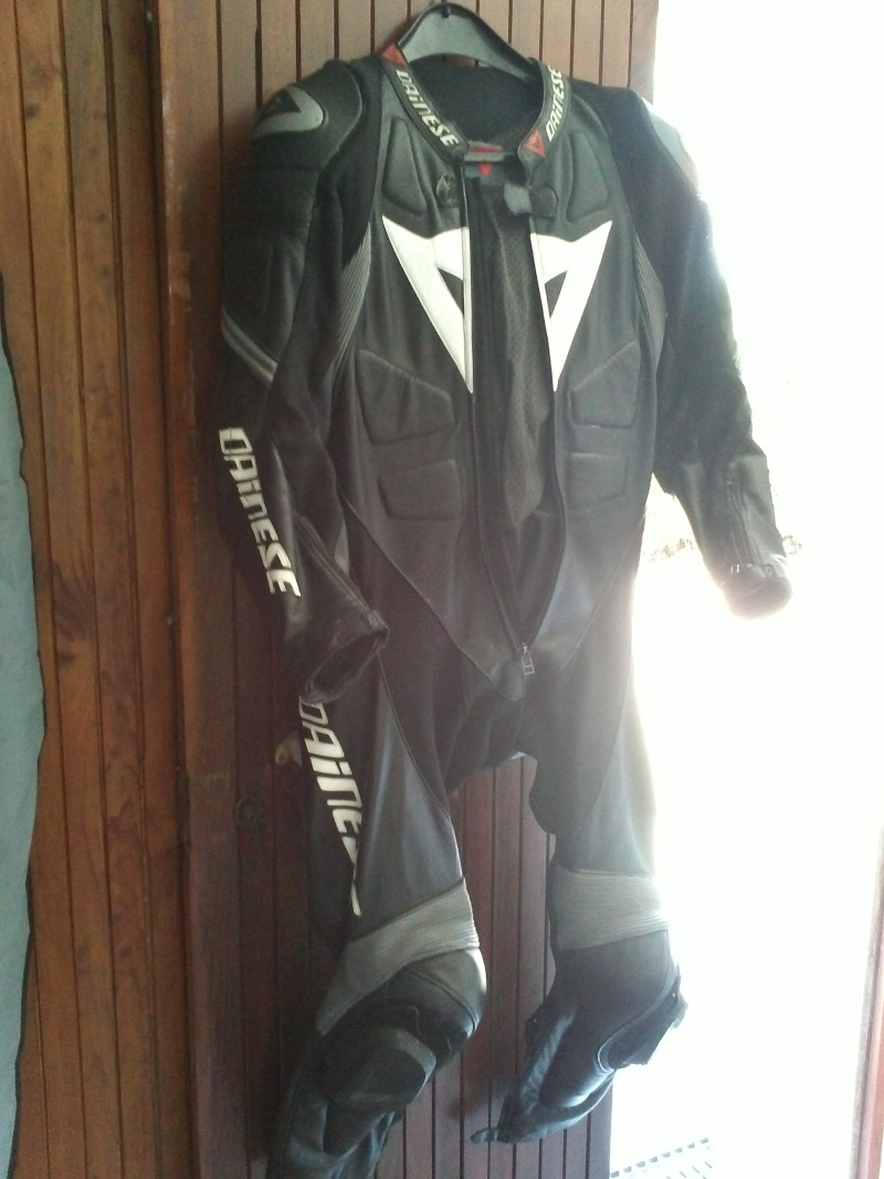 Nouvelle combi Dainese Img05810