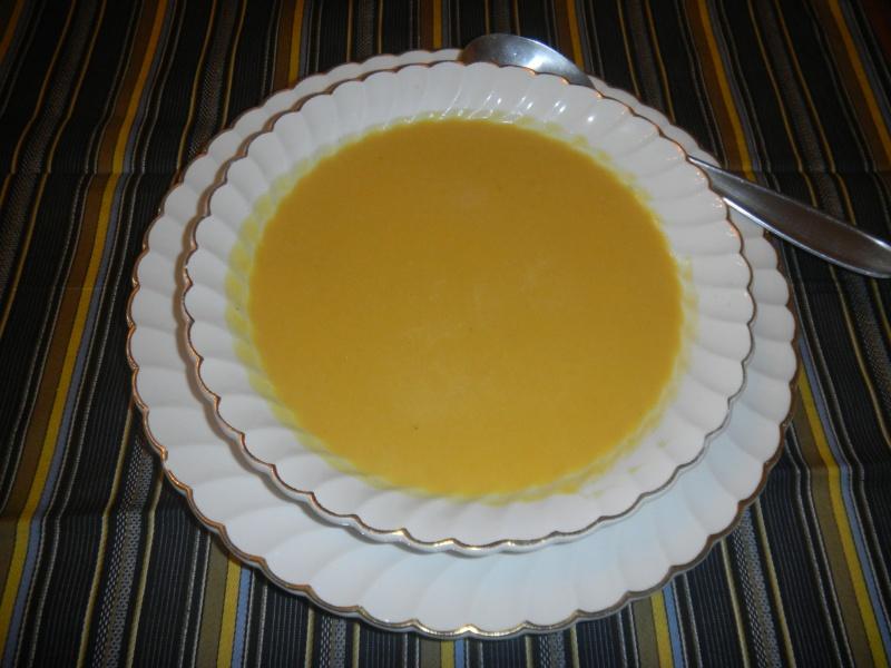 Soupe de patate douce au lait de coco Dscn5711