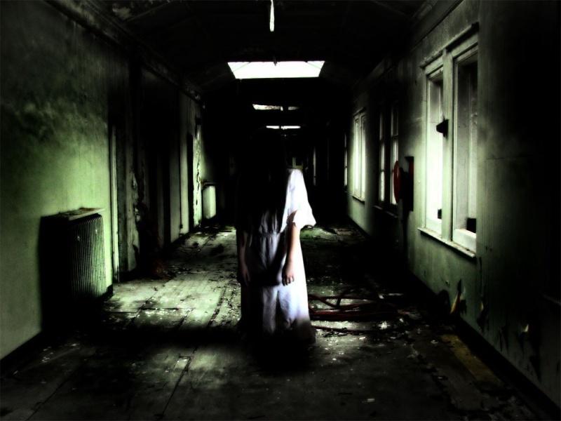 A CRIANÇA DO ANDAR DE CIMA Ghost_10