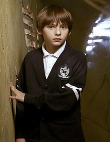 Jared S. Gilmore : Henry Mill (principal) Jared-10