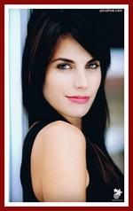 Meghan Ory: le Petit Chaperon rouge / Ruby (récurrente saison 1, principale saison 2) Meghan10