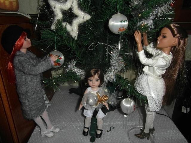 THEME DU MOIS DE DECEMBRE 2012 : NOEL, FETES DE FIN D'ANNEE - Page 2 Sam_5213