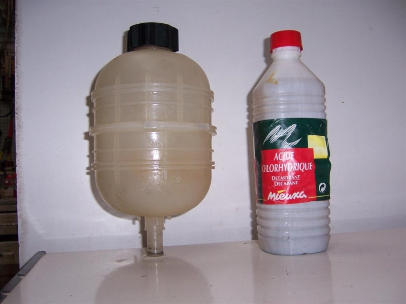 Nettoyage vase d'expansion 100_4510