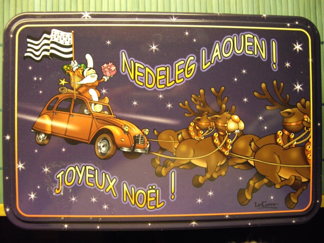 bon Noël en 2CV........ Imgp0810