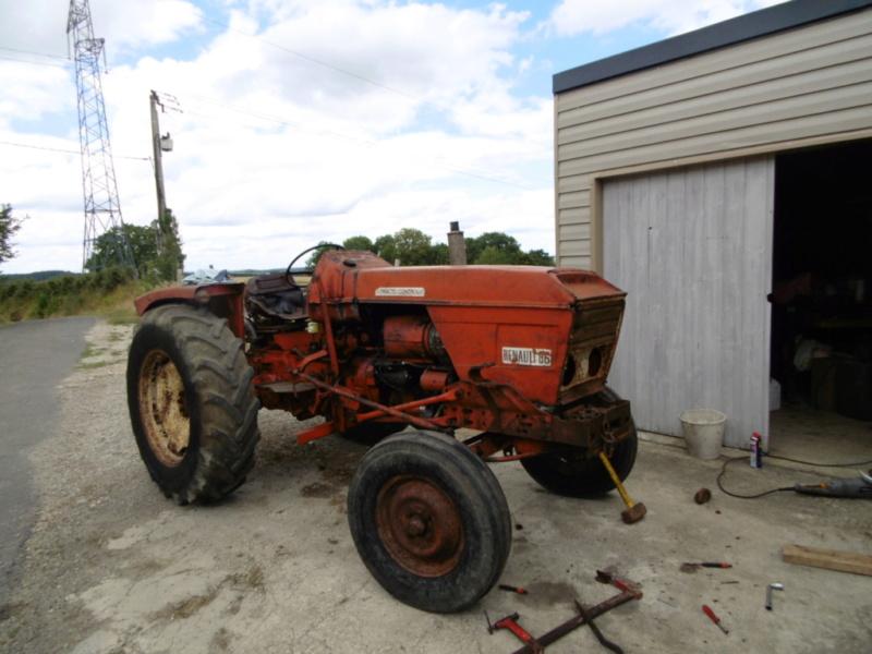 mon nouveau jouet , tracteur renault 86 de 1969  155