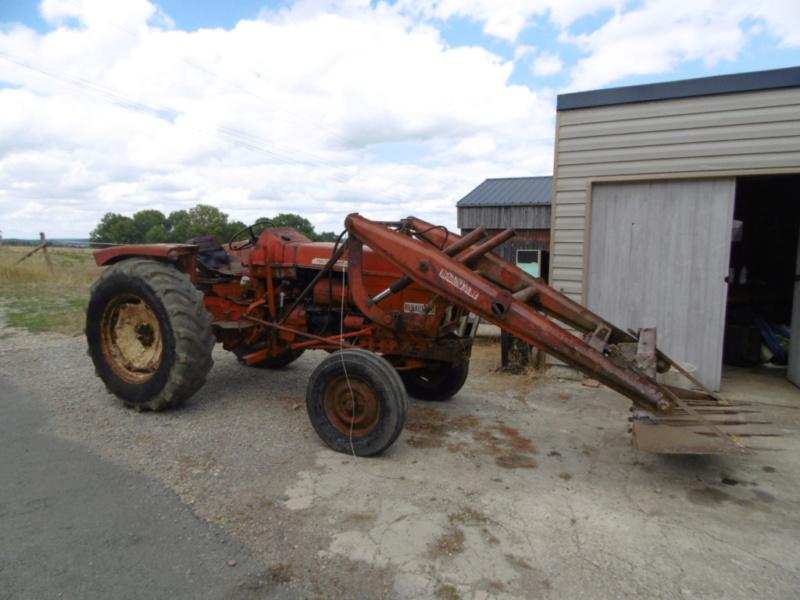 mon nouveau jouet , tracteur renault 86 de 1969  259