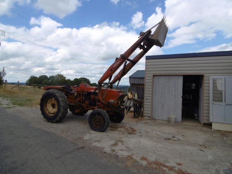 mon nouveau jouet , tracteur renault 86 de 1969  353
