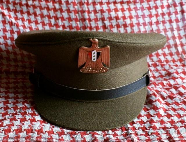 Prises de Guerre/House of SADDAM : Les coiffes de service Irak110